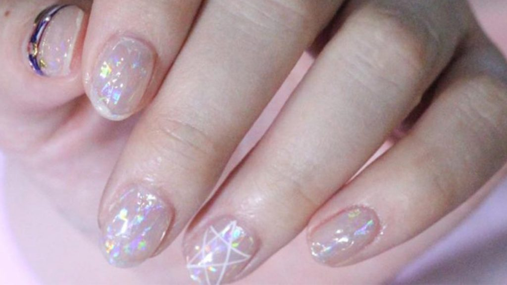 Last Minute Holiday Nail Inspo From One Of Koreas Biggest Salons
