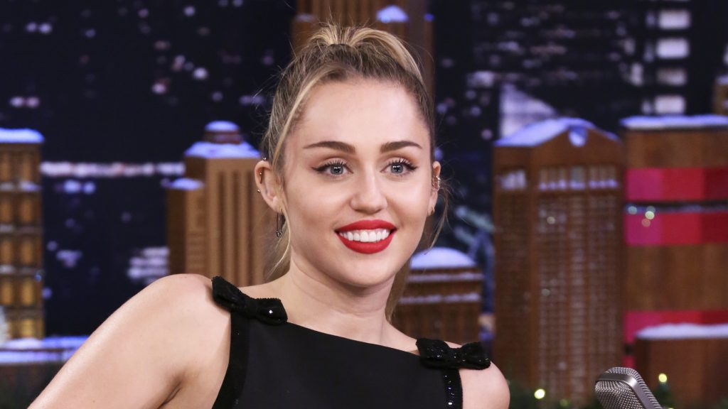THE TONIGHT SHOW STARRING JIMMY FALLON -- Episode 0981 -- Pictured: Singer Miley Cyrus during an interview on December 13, 2018 -- (Photo by: Andrew Lipovsky/NBC/NBCU Photobank)